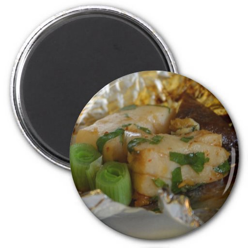Paper Wrapped Tuna 2 Inch Round Magnet