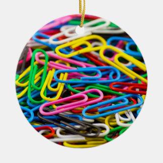 Paperclips coloridos de la oficina ornamentos de reyes