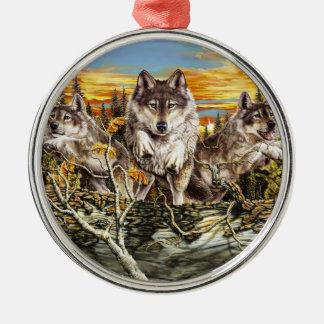 Paquete de funcionamiento de los lobos adorno navideño redondo de metal