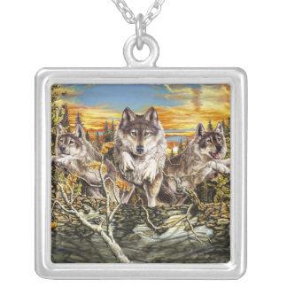 Paquete de funcionamiento de los lobos colgante cuadrado