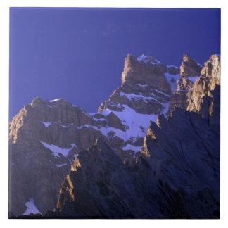 Paquistán, gama de Baltoro Muztagh. Salida del sol Azulejo Cuadrado Grande