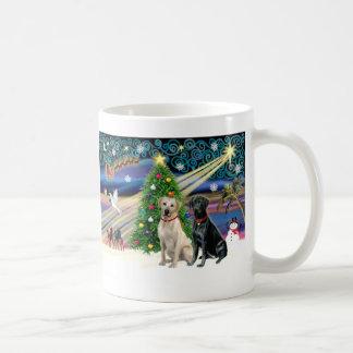 Par-Grito-Negro del Magia-Laboratorio de Navidad Taza