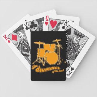 Para el batería baraja cartas de poker