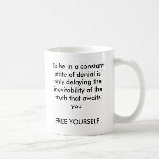 Para estar en un estado de la negación constante taza básica blanca