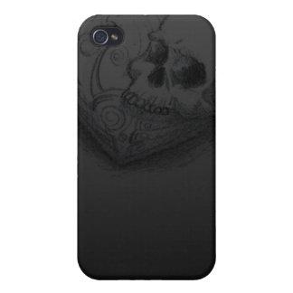 Para siempre del amor del cráneo del corazón diseñ iPhone 4 carcasa