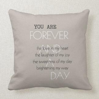 Para siempre y un poema del día almohadas