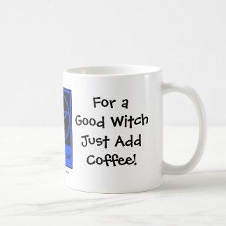 Para una buena bruja añada la taza/taza de los Caf