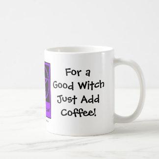 Para una buena bruja añada la taza/taza de los taza