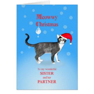 Para una hermana y un socio, gato del navidad de tarjeta de felicitación