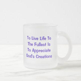 Para vivir vida al más lleno está a taza de café esmerilada
