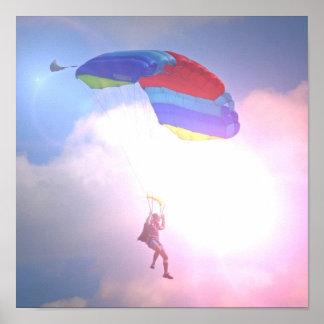 Parachuters contra el poster del cielo