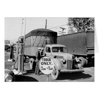 parada de camiones de los años 40 tarjeton