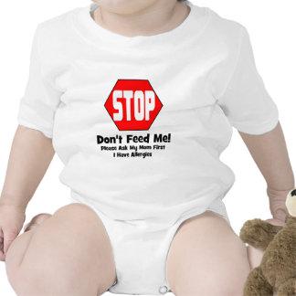 ¡Parada!  ¡No me alimente!  Tengo alergias Trajes De Bebé