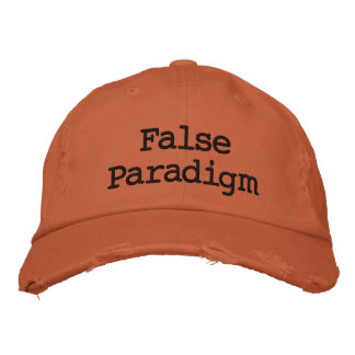 Paradigma falso gorra bordada