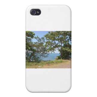 Paradise Found Cover For iPhone 4
