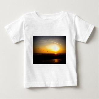 Paragliders enjoying the Sunset Baby T-Shirt