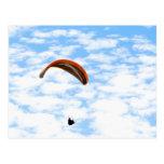 Paragliding en las nubes - postal adaptable