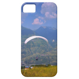 Paragliding the French alps iPhone SE/5/5s Case