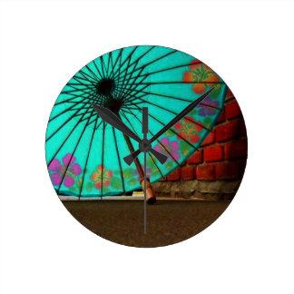 Paraguas chino azul reloj