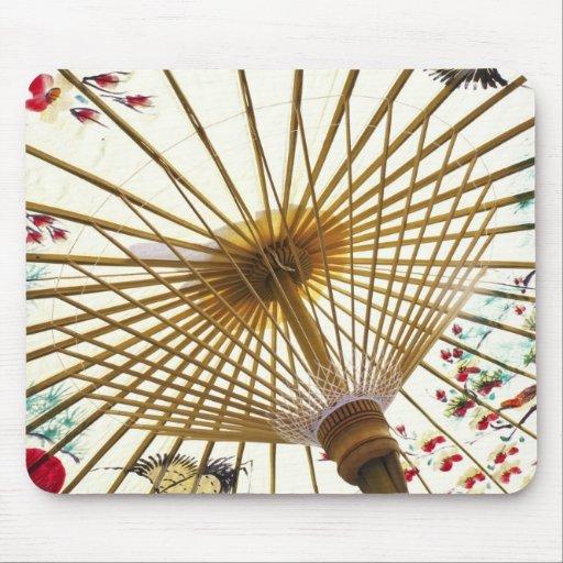 paraguas de papel asiático tapete de ratón
