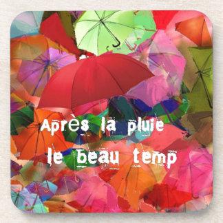 Paraguas y proverbio francés posavaso