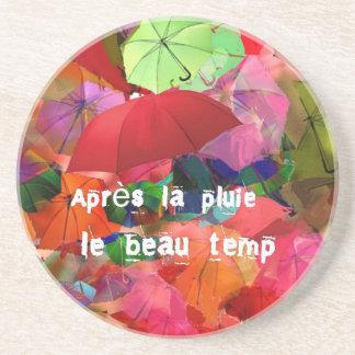 Paraguas y proverbio francés posavaso para bebida