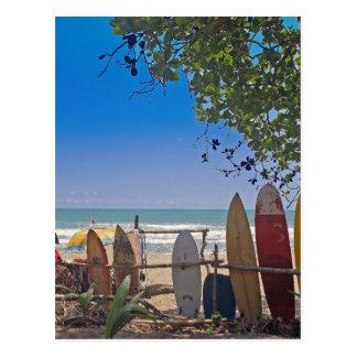 paraíso de las personas que practica surf postal