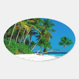 Paraíso perdido de la playa pegatina ovalada