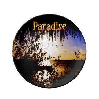 Paraíso Plato De Cerámica