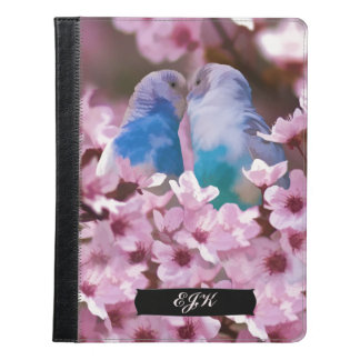 Parakeets cariñosos, flores rosadas, monograma