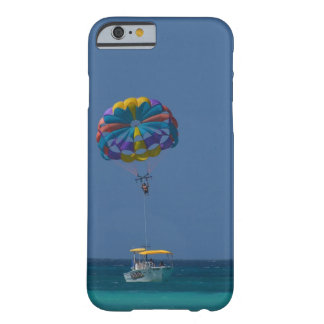 Parasailing colorido funda barely there iPhone 6
