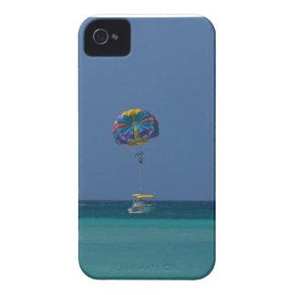 Parasailing colorido funda para iPhone 4 de Case-Mate