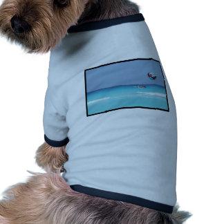Parasailing de la diversión camiseta con mangas para perro