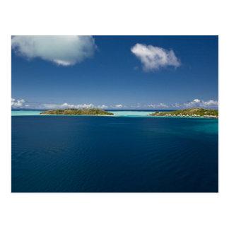 Parasailing sobre la laguna hermosa de Bora 2 Tarjetas Postales