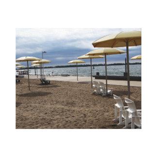 Parasoles de playa y sillas impresión de lienzo