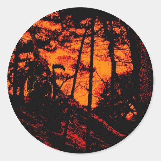 Parca en bosque anaranjado asustadizo del Lit Pegatina Redonda