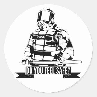 Pare el arte de la brutalidad policial para ocupan pegatinas redondas