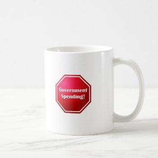 Pare el gasto público taza de café