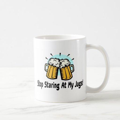 Pare el mirar fijamente mis jarros tazas de café