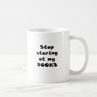 Pare el mirar fijamente mis libros taza de café