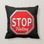 Pare el odiar de la almohada