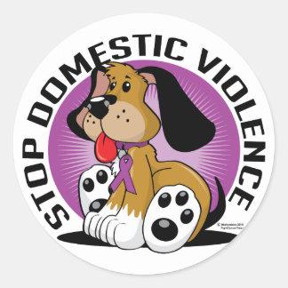 Pare el perro de la violencia en el hogar pegatina redonda