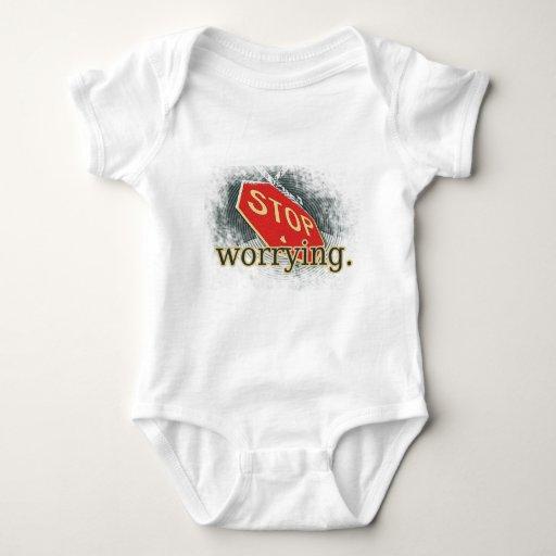 Pare el preocuparse de la señal de tráfico camisas