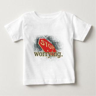 Pare el preocuparse de la señal de tráfico playera para bebé