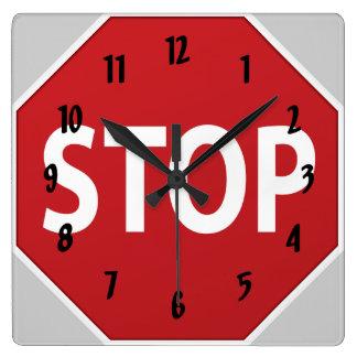 PARE el reloj de pared del diseño de la muestra