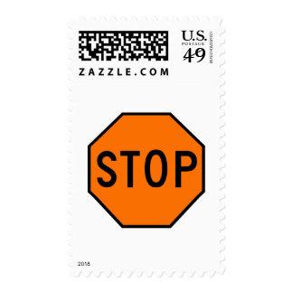 Pare el tráfico de la precaución del símbolo de la