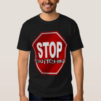 Pare la camiseta negra de Snitchin Playera