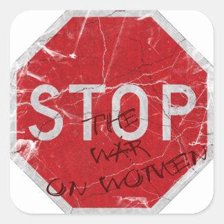 Pare la guerra en mujeres pegatina cuadrada