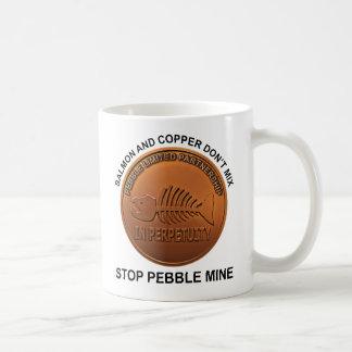 Pare la mina del guijarro - penique de la mina del taza de café