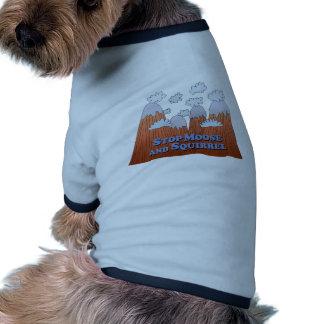 Pare los alces y la ardilla - oscuridad camiseta de perrito